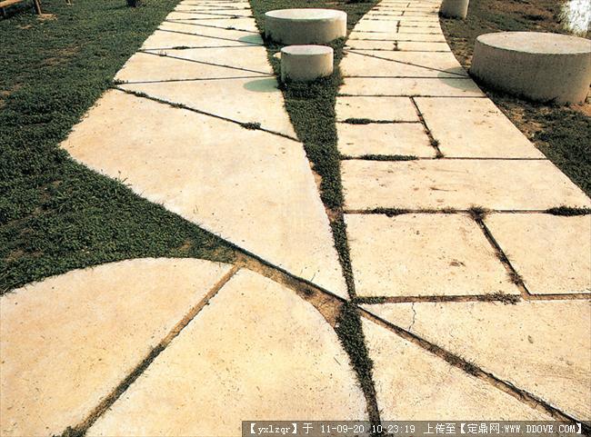 铺装-毛石,碎石铺装003.jpg