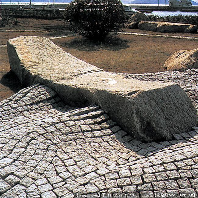 景观小品 铺装 自然形铺装015.jpg 块石铺装实例效果016