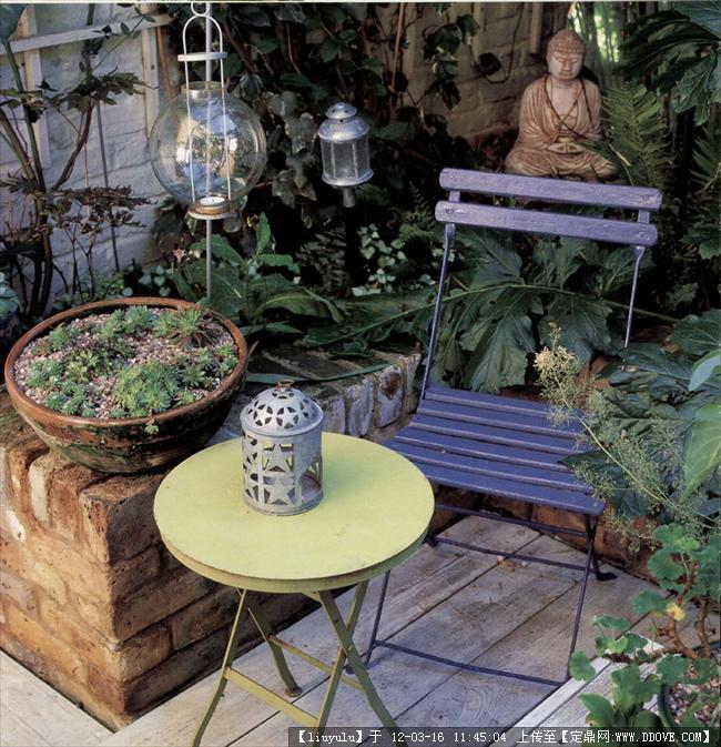 别墅花园景观设计1包括:别墅一层建筑设计,别墅黄昏效果图,; 东方